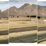 Ammar Bouras. 24°3′55″N 5°3′23″E #20 Editions: Grande (5) : 175 x 57 CM Moyenne (7) : 87,5 x 28,5 CM
