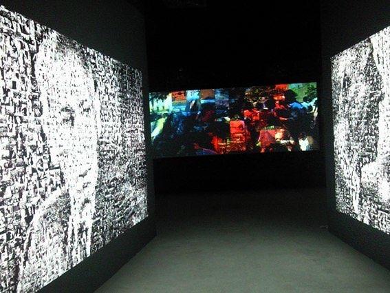 Ammar Bouras. TAG'OUT - Mise en espace. 10 Biennale Sharjah